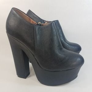 Dollhouse Cruel Platform Heel Bootie Black